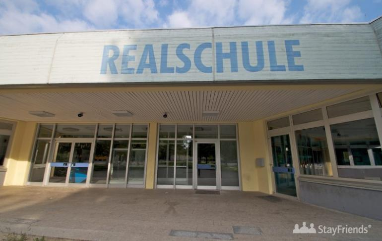 schule realschule burscheid and relationship